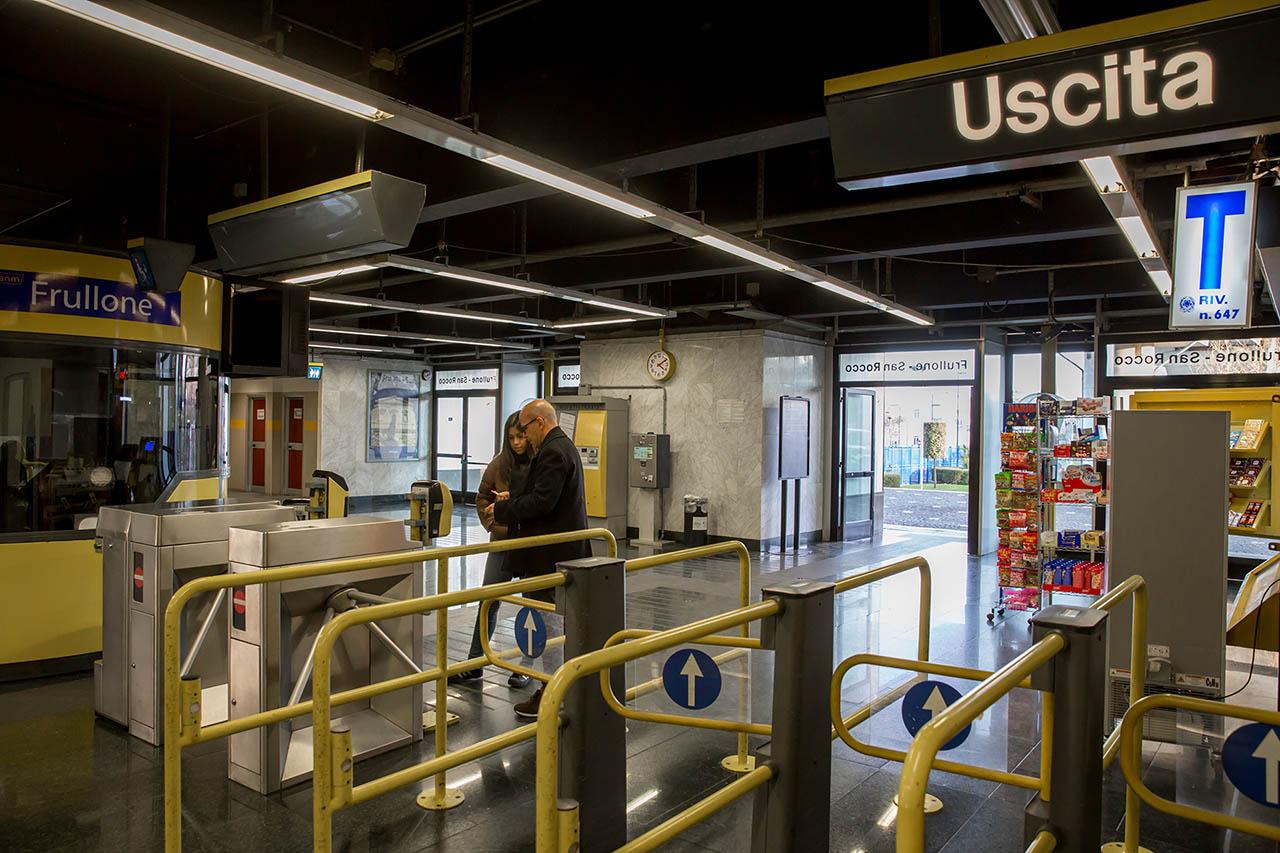 metropolitana di napoli - stazione frullone san rocco