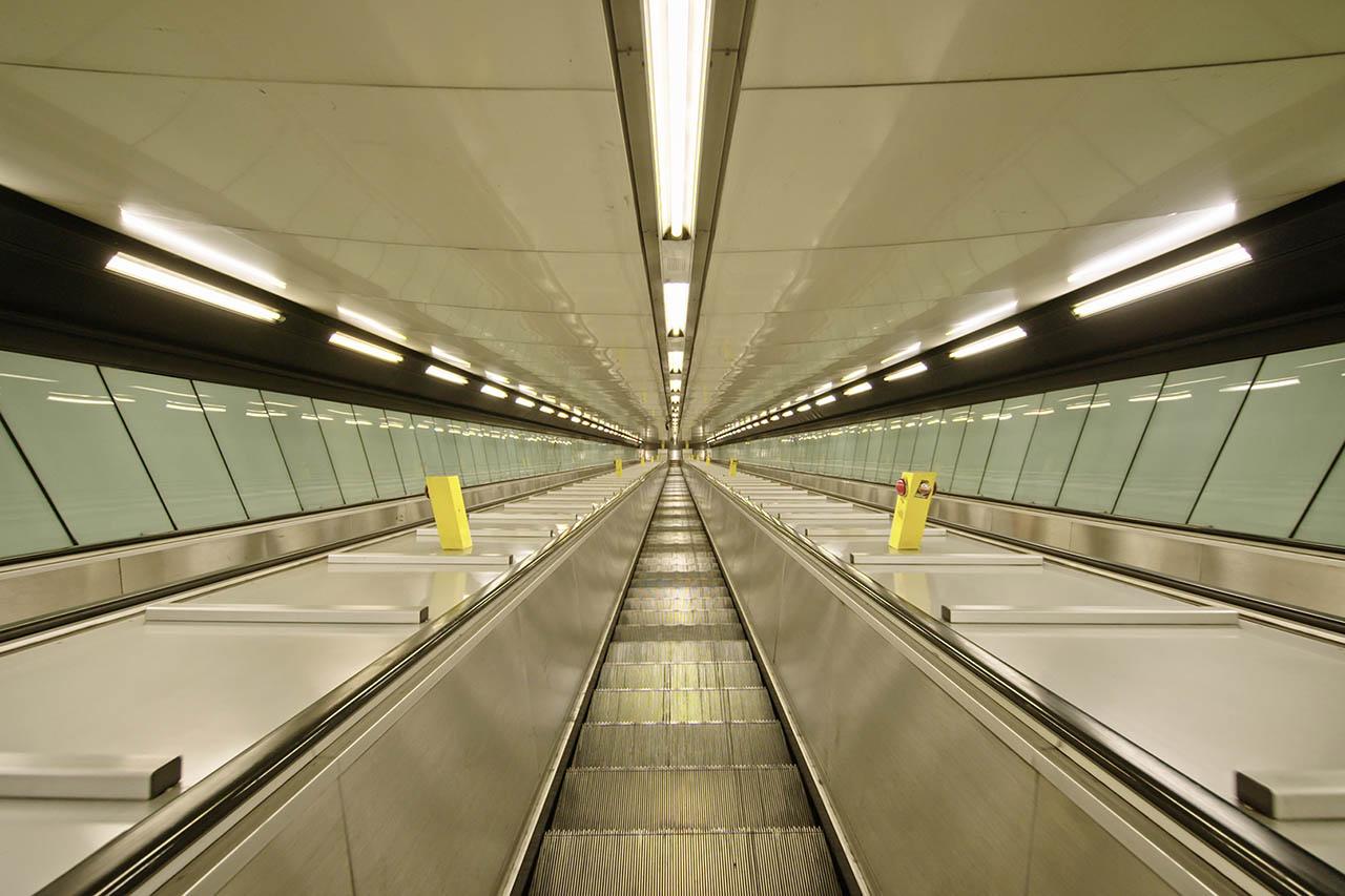 policlinico metro napoli